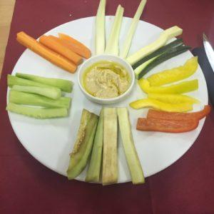 hummus-di-ceci-con-verdure