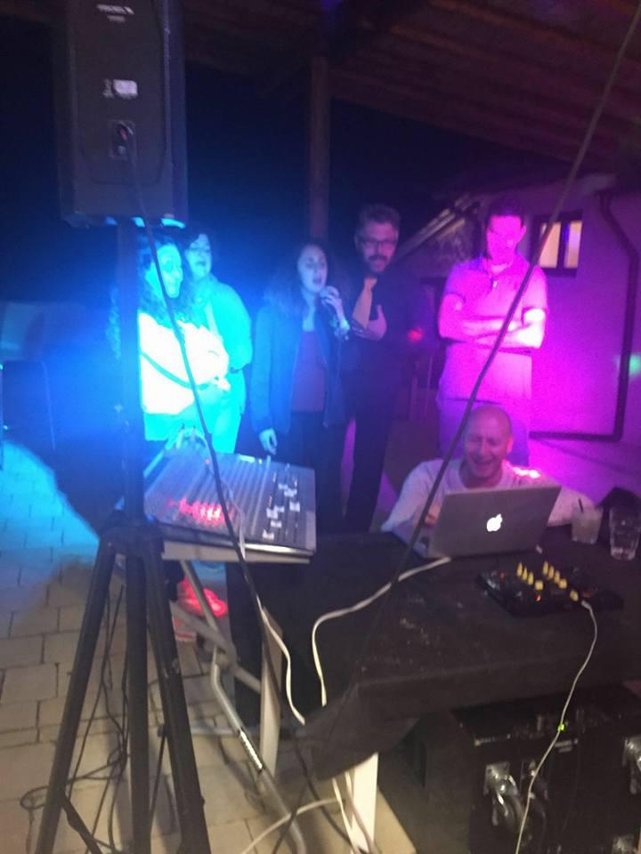 karaoke estate all'aperto