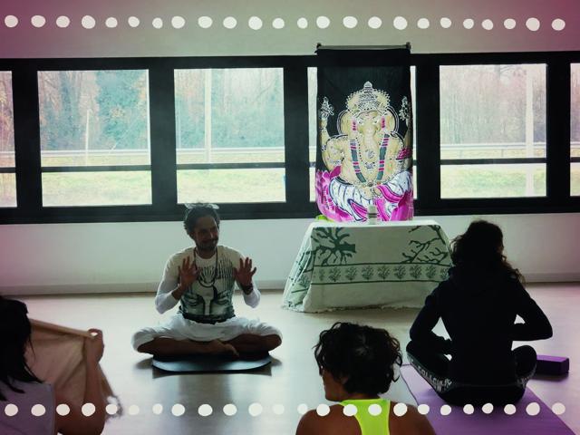la classe yoga di Rube